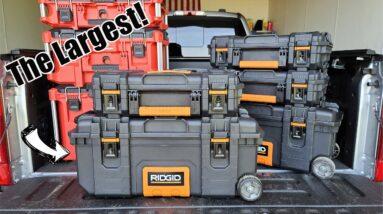 "RIDGID 28"" Rolling Mobile Job Box Model# 249646   Modular Tool Box Compatible with 22"" Pro Gear"